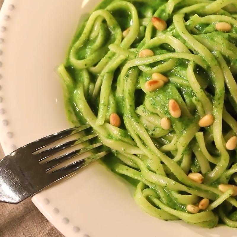 【宅家料理】松子羅勒義大利麵